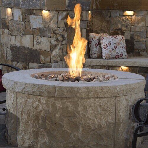 A typical fire pit built using a Round Flat Pan